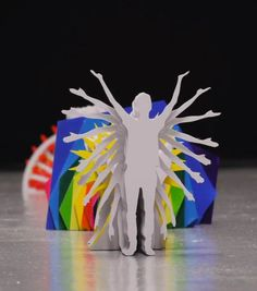 """Le clip """"Katachi"""" du chanteur japonais Shugo Tokumaru, réalisé par le duo Katarzyna Kijek et Przemys?aw Adamski Une jolie performance hypnotique en papier et en stop motion !"""