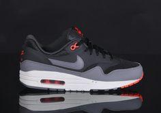 Nike Air Max 1 Mens Trainers | Black Grey