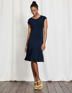 #Boden Avril Jersey Dress Navy Women Boden, Navy 36384311 #Get ready to meet your new favourite everyday dress. This feminine design is ultra-elegant, crafted from a soft fabric that glides over your figure. Its short sleeves are super flattering, and the flippy skirt is so much fun to swish.