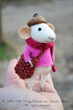Little Traveler Mouse - Felting Dreams - READY TO SHIP