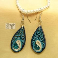 Sfumature del mare Shadows of the sea Paper Quilling Earrings, Origami And Quilling, Neli Quilling, Quilling Paper Craft, Paper Jewelry, Paper Beads, Diy Jewelry, Quilling Patterns, Quilling Designs