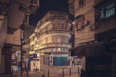 船屋. Streamline Moderne | Flickr - Photo Sharing! Bauhaus Art, Streamline Moderne, Airstream, Remodeling Ideas, Art Deco, Building, House, Travel, Buildings
