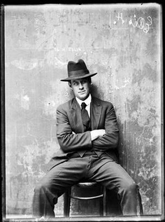 City of Shadows: Sydney Police Photographs 1912-1948 by Peter Doyle