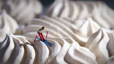 Little people project Miniature Photography, Toys Photography, Macro Photography, Creative Photography, Little People Big World, Kalender Design, Miniature Calendar, Tiny World, Miniature Figurines