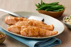 Becel margarine and salmon both contain good fats. Pair the two in our heart healthy Becel Maple Mustard Salmon recipe. Fish Dishes, Seafood Dishes, Fish And Seafood, Main Dishes, Maple Mustard Salmon, Maple Glazed Salmon, Dijon Salmon, Salmon Recipes, Fish Recipes