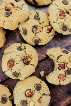 Hazelnut Chocolate Cookies, made from hazelnut butter and chopped hazelnuts for double the flavour. Oh, and chocolate chips, of course. Tasty Cookies, Nutella Cookies, Biscuit Cookies, Sugar Cookies, Chocolate Chip Cookies, Cookie Dough, Hazelnut Butter, Chocolate Hazelnut, Dark Chocolate Chips