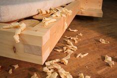 Wood Bed Design, Bedroom Bed Design, Diy Bedroom, Diy Furniture, Furniture Design, Cottage Plan, Wood Beds, Antique Decor, Bed Frame