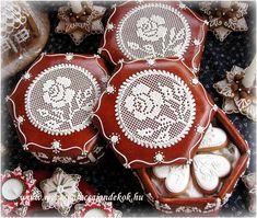 Rose Lace Boxes