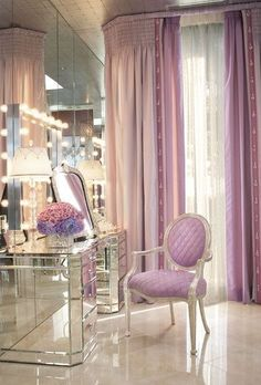 Well hello dream glam room! Dallas let's redo the 2nd bathroom to look like this!