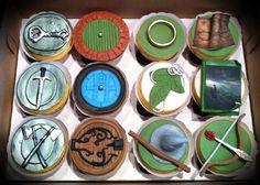 Hobbit cupcakes - by skmaestas