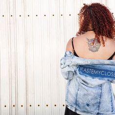 #TasteMyCloset ! Mi chaqueta favorita hoy en look completo en www.tastemycloset.com  @laumagomez  #denimjacket #curlyhair #cacheada