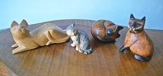 Light Colored Wood, Wood Cat, Cat Sitting, Grey Paint, Wood Carvings, Op Art, One Light, Vintage Wood, Trinket Boxes