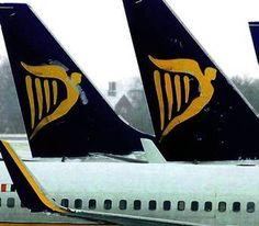 Ryanair prevede di installare il WiFi all'interno dei suoi aerei.    I passeggeri potranno  quindi utilizzare i loro dispositivi elettronici per guardare film o spettacoli televisivi … pagando le visualizzazione.    Finora, Ryanair non aveva creduto all'utilizzo del WiFi a bordo, considerando l'installazione  un sistema troppo costoso per i ritorni incerti.