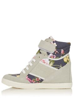 Not into the wedge sneaker trend, but these i like . Wedge Tennis Shoes, Wedge Sneakers, Best Sneakers, High Top Sneakers, Sneaker Wedges, Shoes Sneakers, Sock Shoes, Cute Shoes, Me Too Shoes
