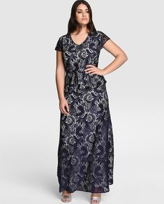 e7e8b5ac5 vestidos-de-fiesta-para-gorditas-encaje-negro-largo