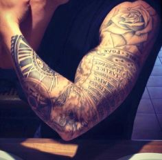 Sleeve tats - sleeve tattoos, tattoos en tattoos for guys. Tattoo Arm Mann, Tattoo On, Forearm Tattoo Men, Bicep Tattoos, Tattos, Neue Tattoos, Body Art Tattoos, Tribal Tattoos, Hand Tattoos