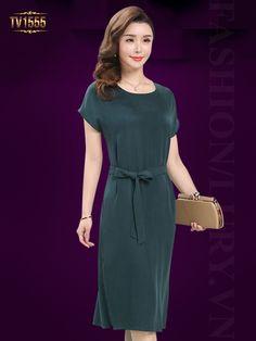 Thời trang váy đầm trung niên cao cấp luôn là sự lựa chọn hoàn hảo cho phái đẹp TV1555; Giá: 3.056.000 VNĐ