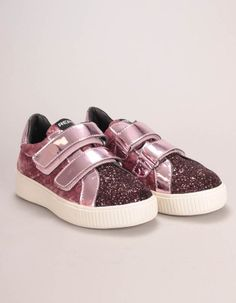 Replay's pink Police trainers have metallic patent Velcro straps, top heel trims and chunky rubber outsoles . Girls Coats, Bonfire Night, Winter Essentials, Replay, Velcro Straps, Trainers, Police, Baby Shoes, Scrap