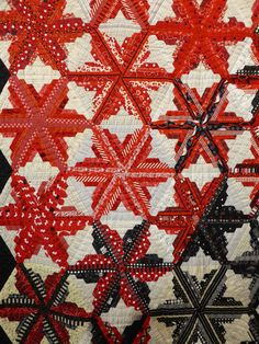 Star Quilts, Scrappy Quilts, Baby Quilts, Quilt Blocks, Log Cabin Quilts, Log Cabins, Pineapple Quilt, International Quilt Festival, Red And White Quilts