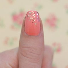 Nail polish tricks you wish you knew before! Apply perfectly placed glitter and more!