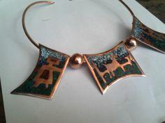 Collar cobre y mosaico