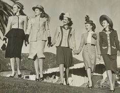 Dividing Vintage Moments : 1947 California Dreamin' Miss Hollywood Jr Style