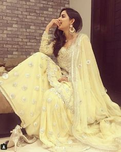 Beautiful shines bright in our Lemon Yellow outfit from our festive Kiran Collection. Simple Pakistani Dresses, Pakistani Wedding Outfits, Pakistani Bridal, Bridal Outfits, Dress Indian Style, Indian Dresses, Indian Outfits, Indian Wear, Indian Clothes