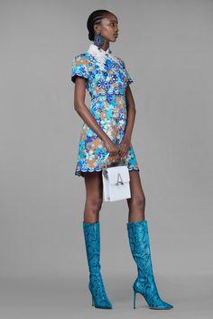 Blue Fashion, Runway Fashion, Spring Fashion, Fashion Show, Fashion Outfits, Womens Fashion, Fashion Design, Fashion Trends, Column Dress