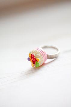 Fruit Cake ring