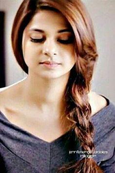 Beautiful Bollywood Actress, Most Beautiful Indian Actress, Beautiful Actresses, Indian Wedding Hairstyles, Braided Hairstyles, Braided Updo, Updo Hairstyle, Prom Hairstyles, Jennifer Winget Beyhadh