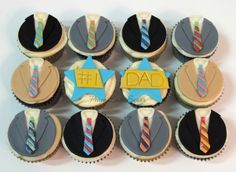 Number 1 Dad Father's Day Cupcakes! Peace.Love.Sugar https://www.facebook.com/pages/PeaceLoveSugar/107504169339809