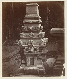Candi Papoh/Kotes, platform miniature temple with kalamukha ornaments, rear view. Gandusari, Blitar district, East Java province, 13th-14th century, Isidore van Kinsbergen, 1867