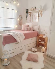 Home design: 12 Amazing Master Bedroom Design Ideas Suitable to this Summer Dorm Room Designs, Teen Bedroom Designs, Bedroom Decor For Teen Girls, Cute Bedroom Ideas, Home Room Design, Room Ideas Bedroom, Small Room Bedroom, Home Decor Bedroom, Bedroom Inspo