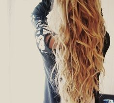 Cheveux ondulés parfaits