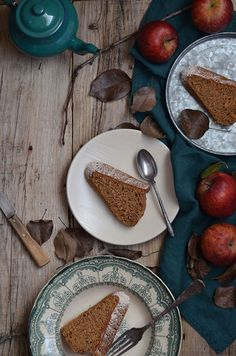 Apple Cider Cake with Cinnamon