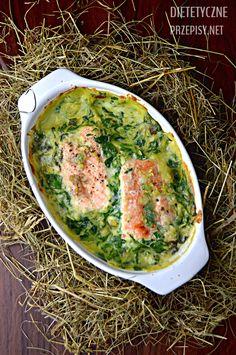 Dzisiaj proponuję Wam kolejny przepis na smaczne i zdrowe przyrządzenie rybki. Zapraszam na pysznego łososia pieczonego z dietetycznym sosem szpinakowym. Tak jak obiecałam, przed świętami na moim b…