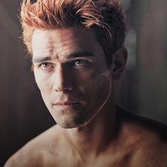 Hot Men, Sexy Men, Kj Apa Riverdale, Thomas Wayne, Archie Andrews, Netflix Series, Stupid Funny, Pretty Boys, Future Husband