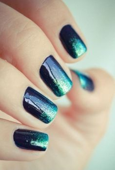 Ombre Glitter #nails in teal and navy glitter