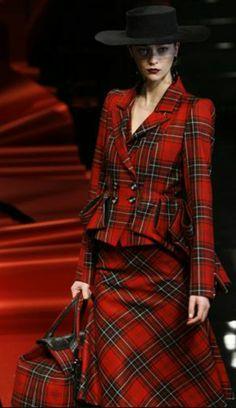 ♔ Tartan dress. Royal Stewart