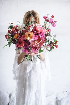 Spanish Meets Bohemian Inspired Bridal Shoot in Santa Barbara is part of Wedding bouquets pink - Spanish Meets Bohemian Inspired Bridal Shoot in Santa Barbara Bridal Bouquet Pink, Bride Bouquets, Bridal Flowers, Floral Bouquets, Dahlia Bouquet, Purple Bouquets, Floral Wedding, Wedding Colors, Lace Wedding