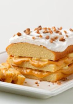 Banana-Caramel Toffee Cake – This banana-caramel toffee dessert is easier than you think to make, thanks to an ingredient list that calls for a thawed-out frozen pound cake.