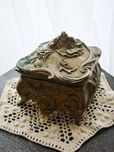 Vintage ART NOUVEAU Metal Jewelry Casket or Box by thecherrychic