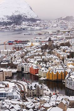 One of the places in Norway I still haven't seen, lovely Ålesund, Venice of the Far North. Ålesund, Norway in winter Places Around The World, Oh The Places You'll Go, Travel Around The World, Places To Travel, Places To Visit, Around The Worlds, Alesund, Oslo, Magic Places