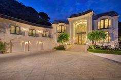 Jade Mills: Beverly Hills Real Estate Agent | Luxury Homes | Bel Air Real Estate