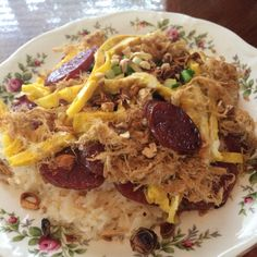 Sticky Rice with Chinese Sausage, Pork Floss and Eggs (Soi Thap Cam)