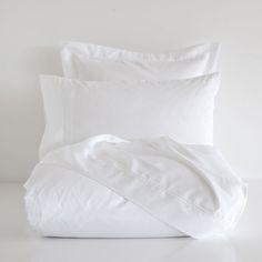 PLAIN WHITE SATIN BED LINEN