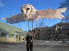 Owl Puppet - it might be uber cool to have a parade with enormous puppets like this. and a dragon one manned by five people of course.