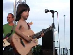 Lucciano Pizzichini 7 YEAR OLD GUITAR MASTER - YouTube