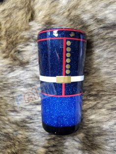 Handmade tumbler Usmc uniform Can change up arm badges if needed Made to order Double walled stainless steel tumbler Once A Marine, Marine Mom, Mom Tumbler, Tumbler Cups, Marine Corps Symbol, Military Send Off Party Ideas, Marines Uniform, Military Crafts, Small Craft Rooms