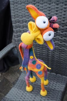 Giraffe George Amigurumi pattern by LittleOwlsHut- hilarious